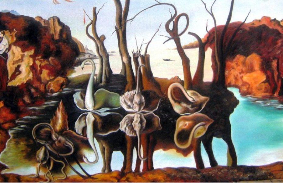 dali cigni che riflettono elefanti creatività
